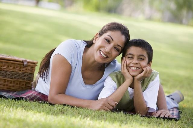 Cita con mujeres con hijos